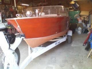 1957 Chris-Craft 17 Ski Boat - Photo #2