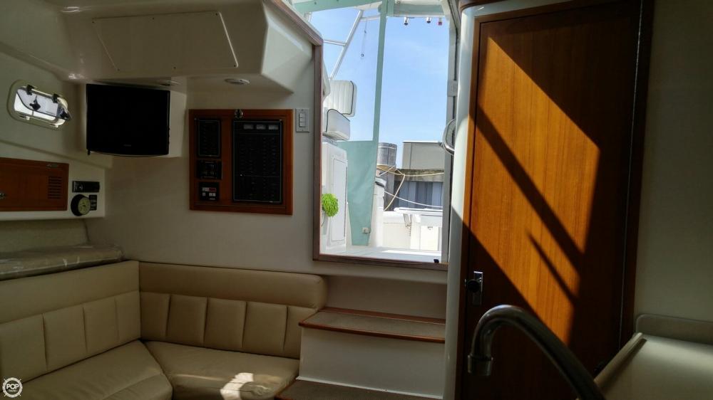 1997 Cabo Yachts 33 - Photo #14