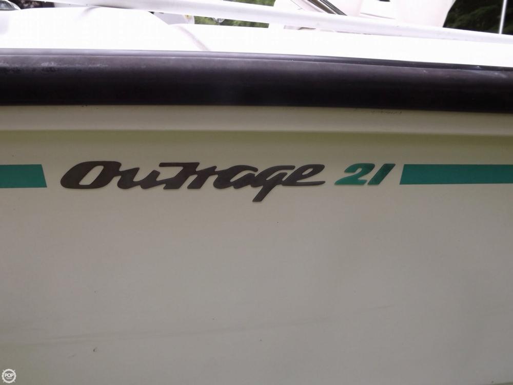 1994 Boston Whaler 21 Outrage - Photo #7