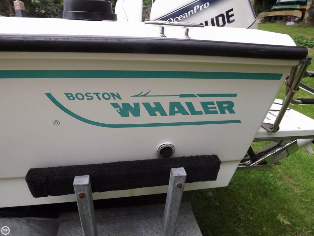 1994 Boston Whaler 21 Outrage - Photo #12