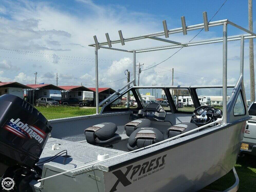2012 Xpress Yukon 18 Deep-V Series - Photo #4
