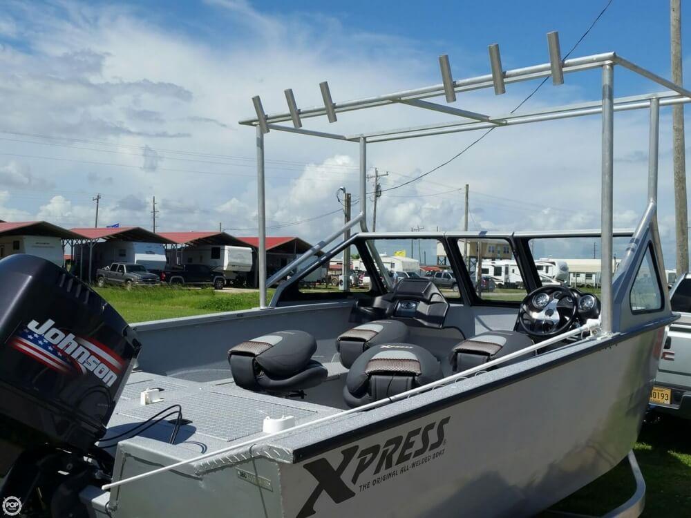 2012 Xpress Yukon 18 Deep-V Series - Photo #5
