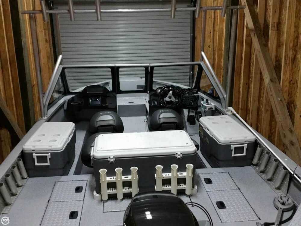 2012 Xpress Yukon 18 Deep-V Series - Photo #7