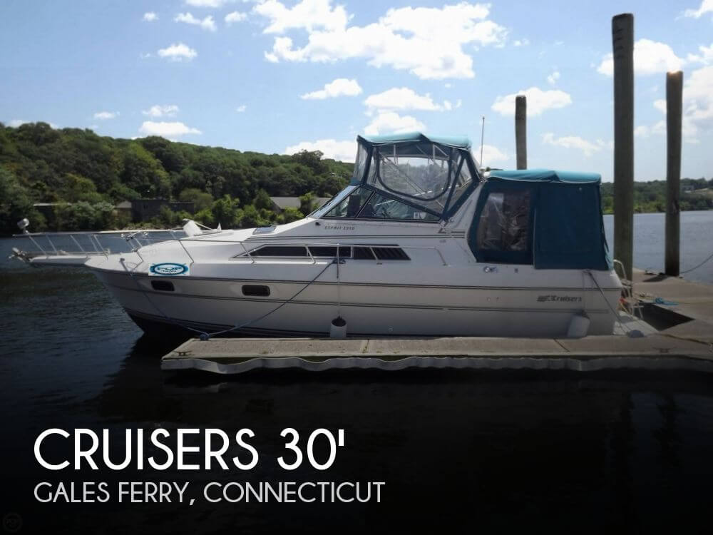1990 CRUISERS YACHTS 2970 ESPIRIT for sale