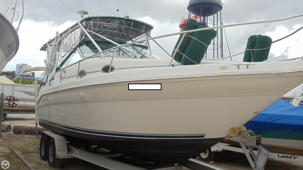 1997 Sea Ray 270 Sundancer - Photo #2