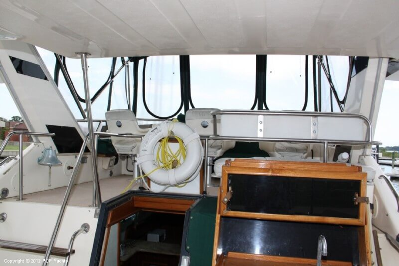 1987 Sea Ray boat for sale, model of the boat is 410 Aft Cabin & Image # 12 of 40
