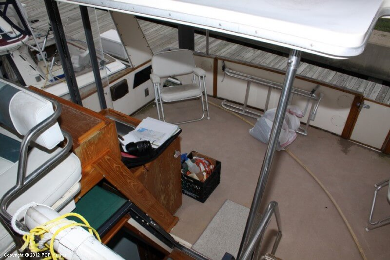 1987 Sea Ray boat for sale, model of the boat is 410 Aft Cabin & Image # 13 of 40