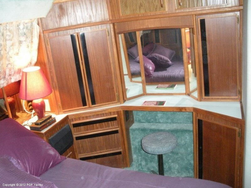 1987 Sea Ray boat for sale, model of the boat is 410 Aft Cabin & Image # 22 of 40