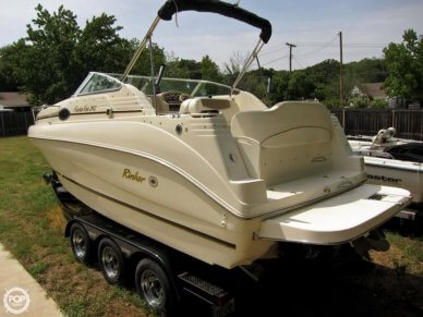 Rinker Fiesta Vee 242, 24', for sale - $21,499