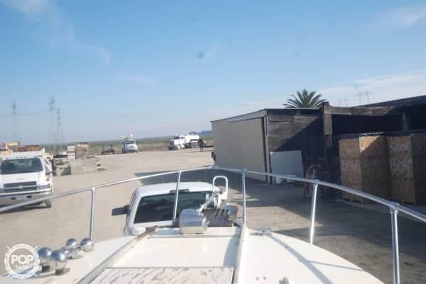 1979 Sea Ray SRV240 Cuddy Cabin - Photo #11