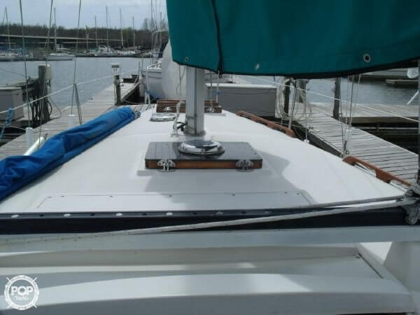 1978 Irwin Yachts 30 Citation - Photo #8