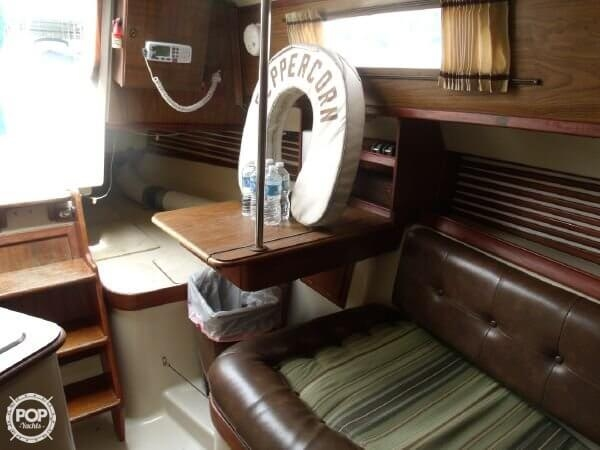 1978 Irwin Yachts 30 Citation - Photo #12