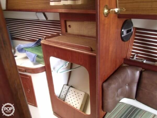 1978 Irwin Yachts 30 Citation - Photo #19