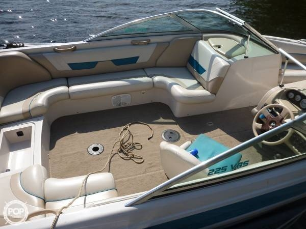 1998 Mastercraft Maristar 225 VRS - Photo #4