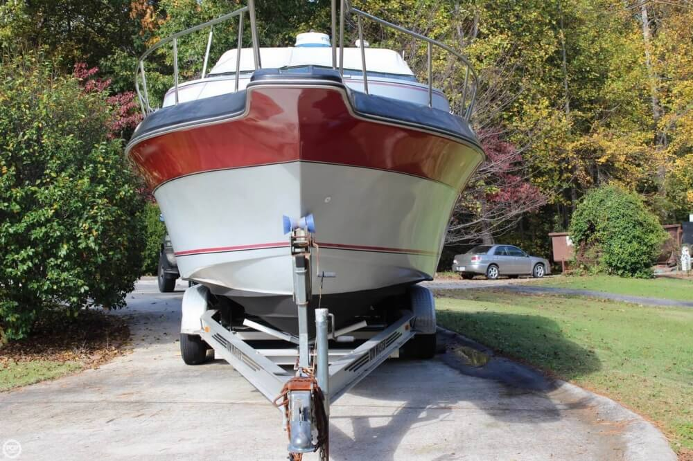 1986 Cruisers Yachts boat for sale, model of the boat is 27 & Image # 2 of 40