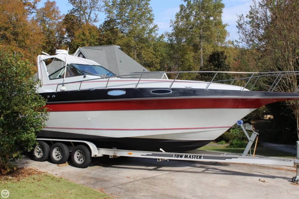 1986 Cruisers Yachts boat for sale, model of the boat is 27 & Image # 4 of 40