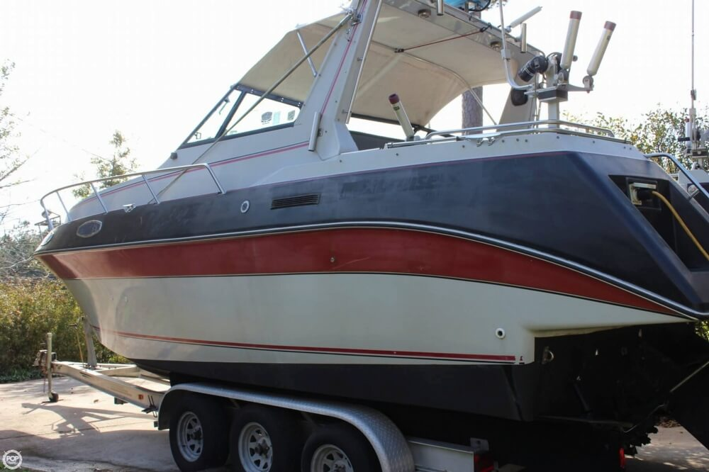 1986 Cruisers Yachts boat for sale, model of the boat is 27 & Image # 9 of 40