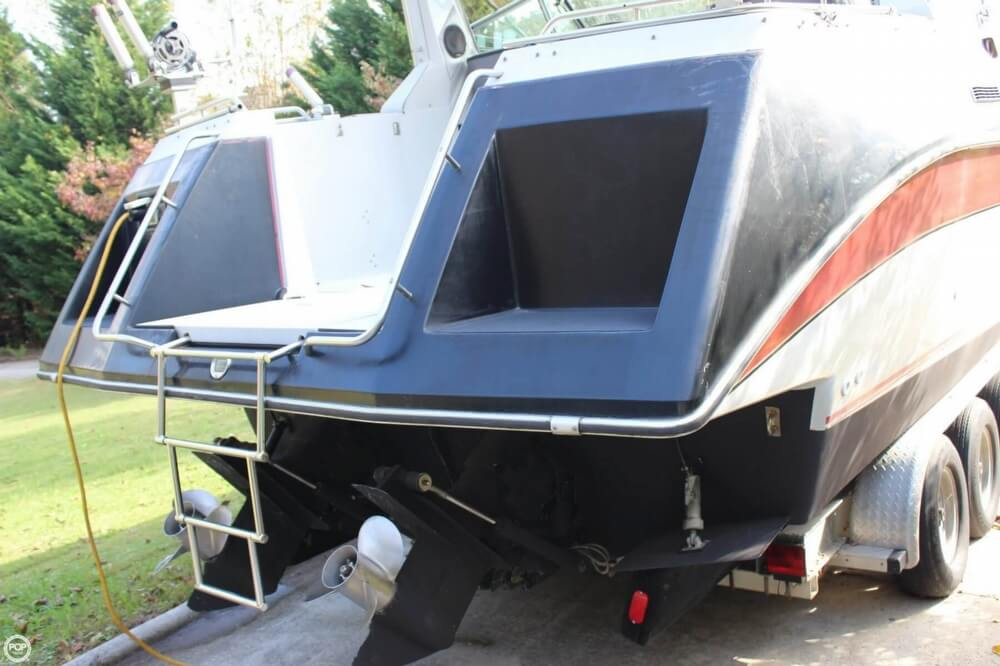 1986 Cruisers Yachts boat for sale, model of the boat is 27 & Image # 13 of 40
