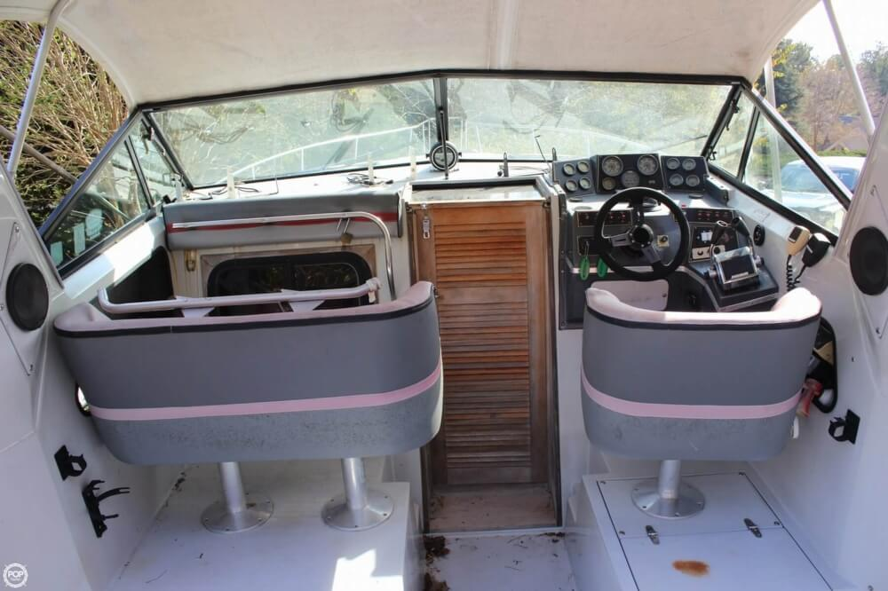 1986 Cruisers Yachts boat for sale, model of the boat is 27 & Image # 40 of 40