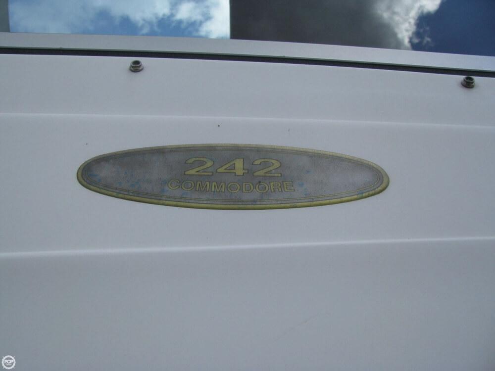 1997 Regal 242 Commodore - Photo #13