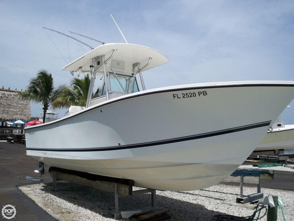 2002 Regulator 25 Power boat for Sale in Jupiter Inlet FL