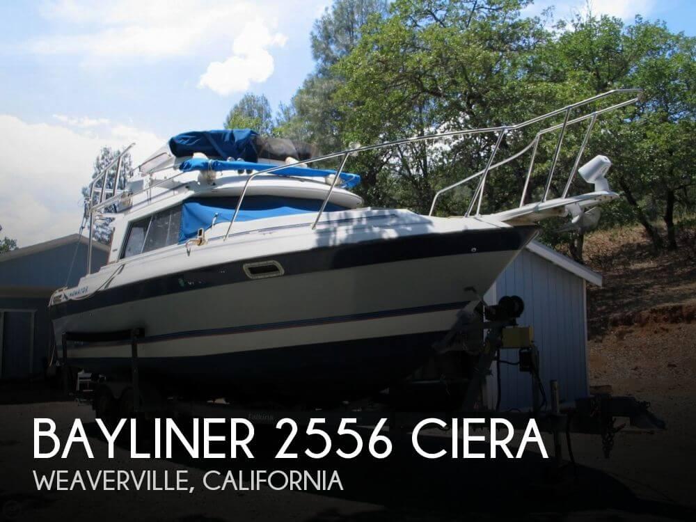 1989 Bayliner 2556 Ciera - Photo #1