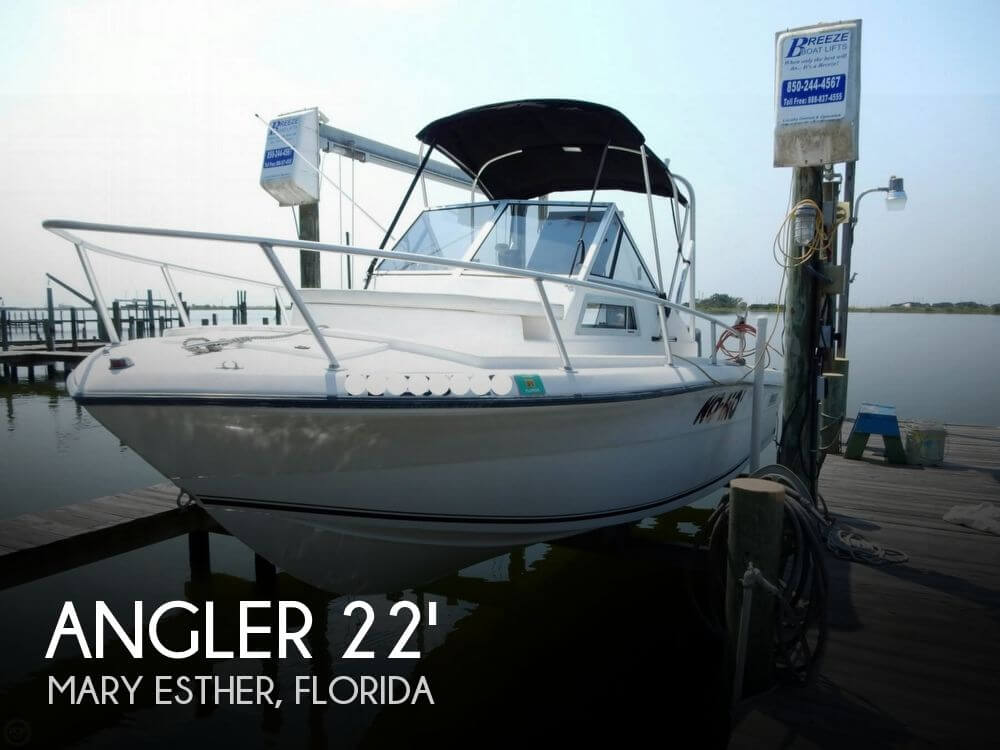 2002 Angler 220 Walk Around - Photo #1