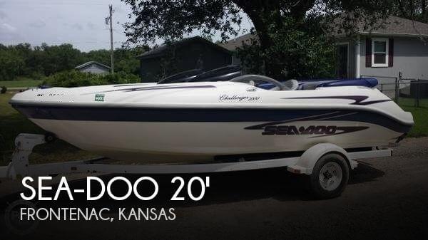 2000 Sea-Doo Challenger 2000 - Photo #1
