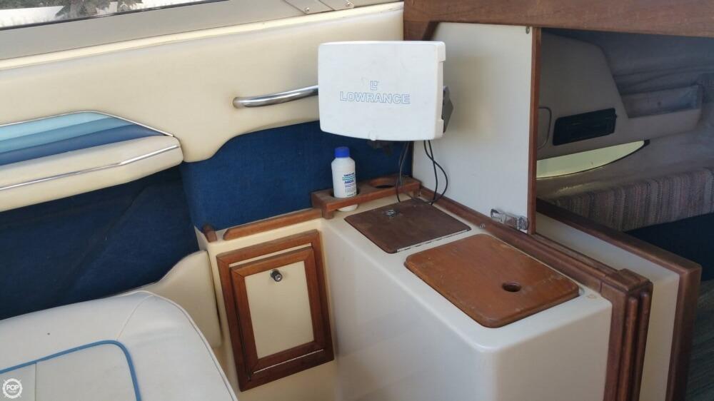 1987 Sea Ray 230 Cuddy Cabin - Photo #10