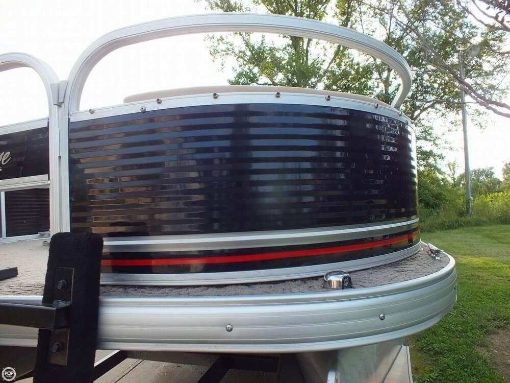 2012 Sun Tracker FISHIN' BARGE 24 DLX - Photo #14