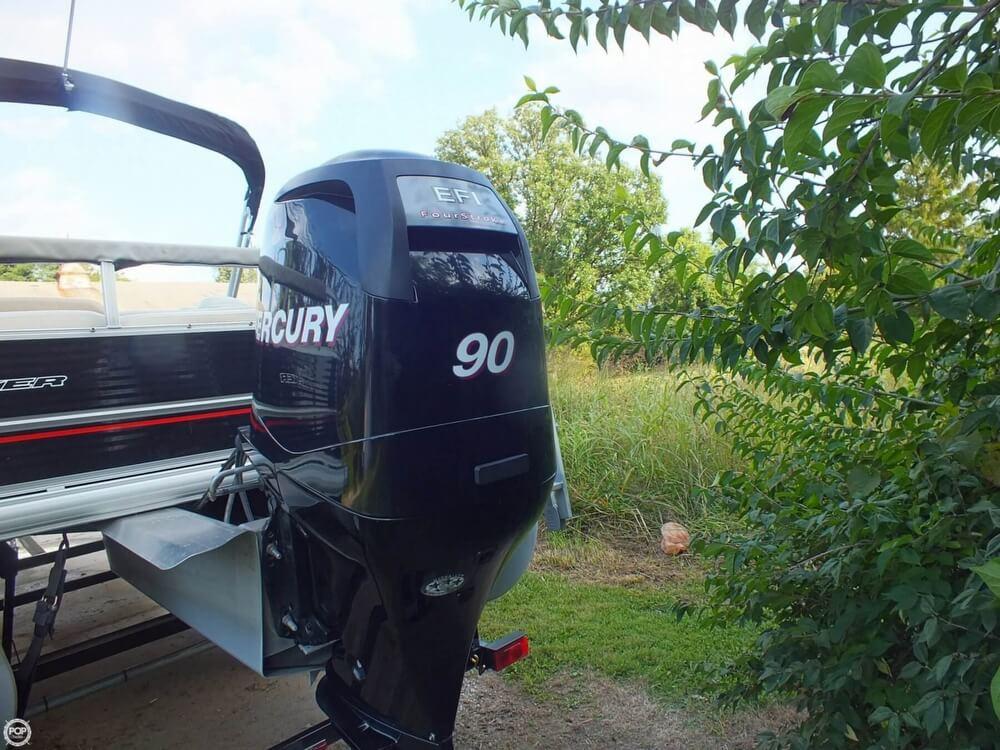 2012 Sun Tracker FISHIN' BARGE 24 DLX - Photo #34