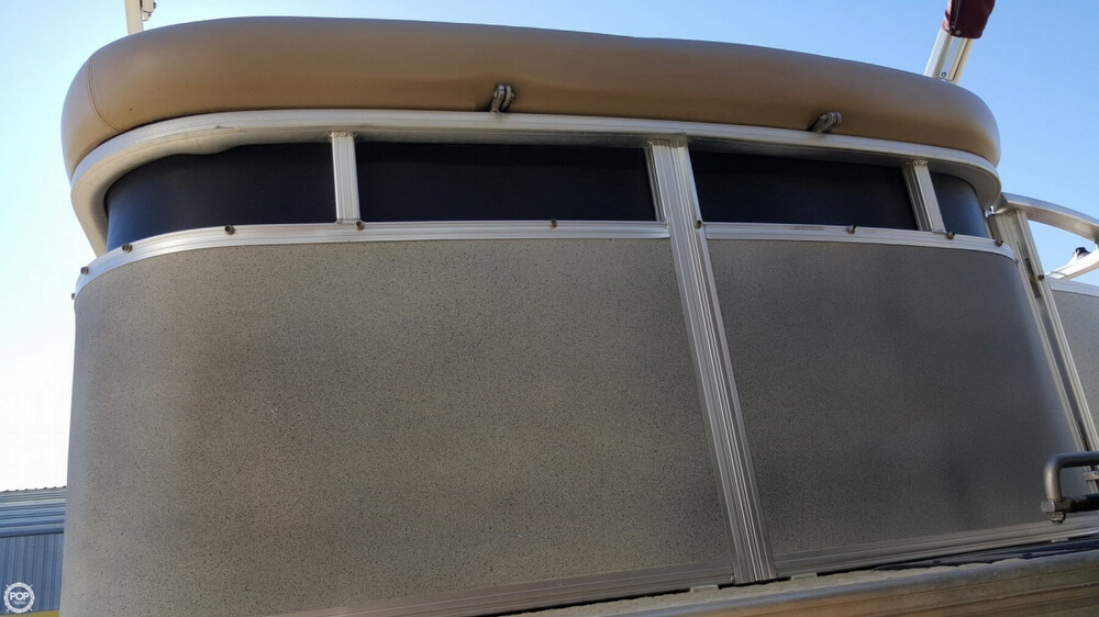 2009 Sun Tracker Party Barge 20 Regency - Photo #6