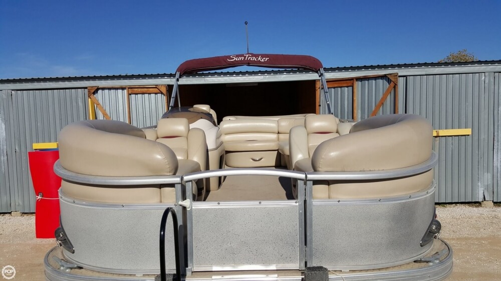 2009 Sun Tracker Party Barge 20 Regency - Photo #13