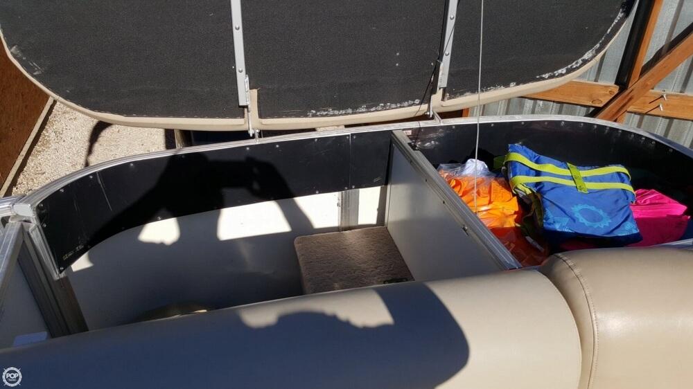 2009 Sun Tracker Party Barge 20 Regency - Photo #39