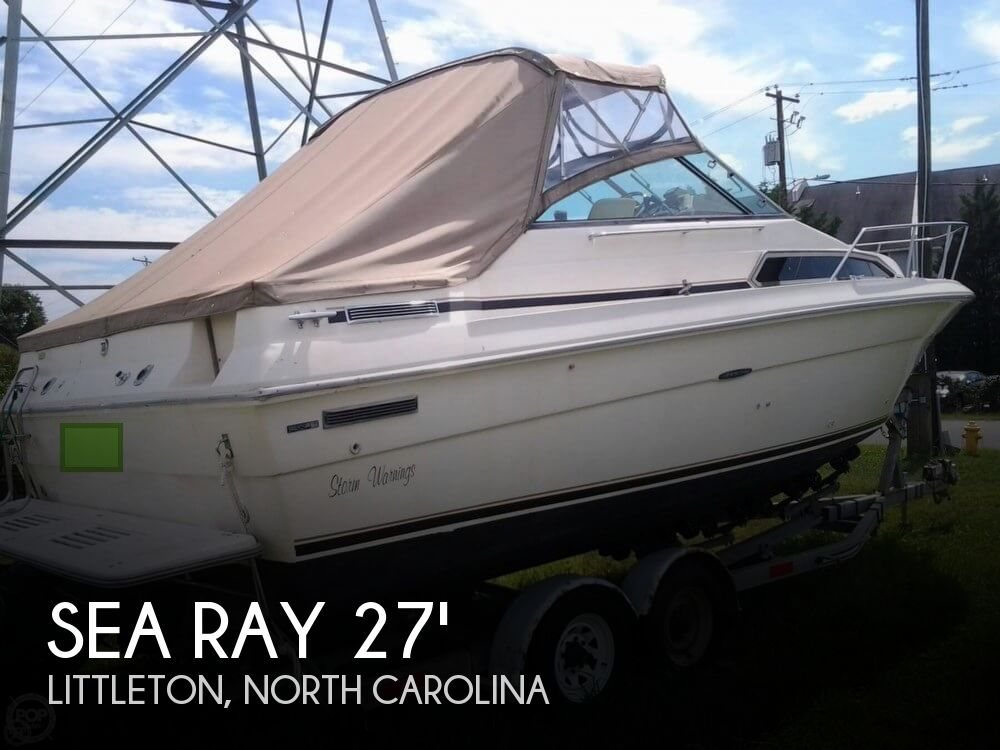 1984 Sea Ray boat for sale, model of the boat is 270 Sundancer & Image # 1 of 40