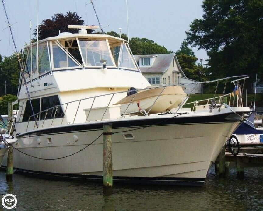 1982 Hatteras 55 Convertible - Photo #7