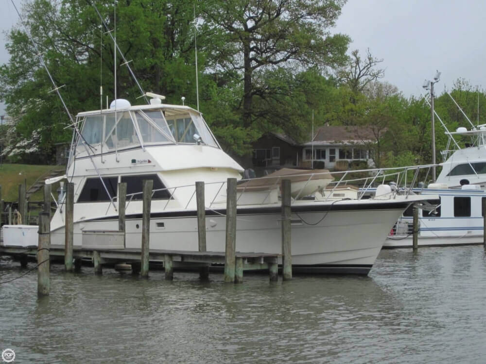 1982 Hatteras 55 Convertible - Photo #8