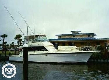 1982 Hatteras 55 Convertible - Photo #10