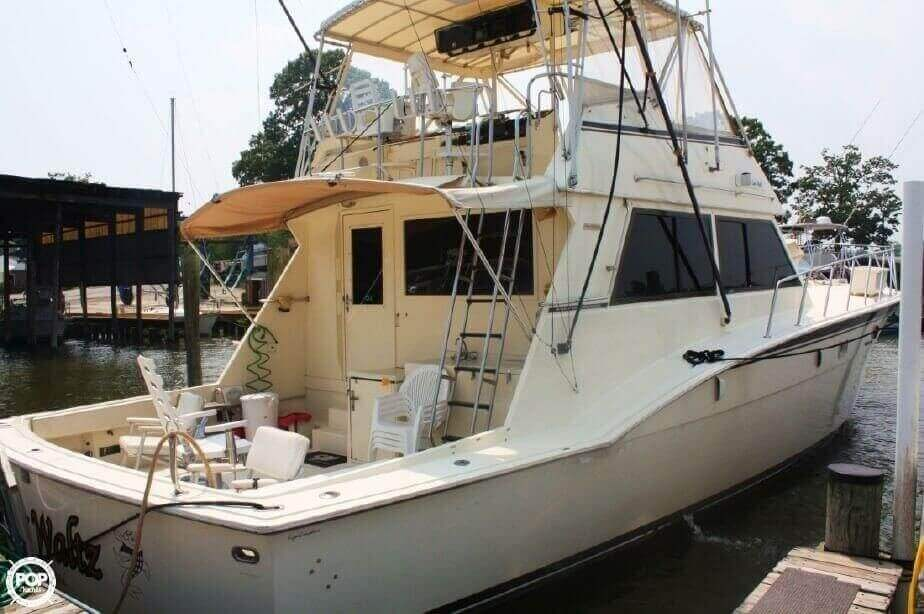 1982 Hatteras 55 Convertible - Photo #13