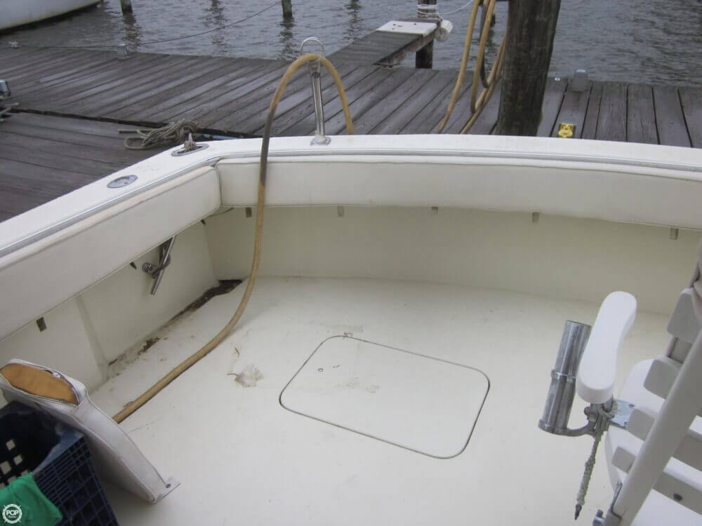 1982 Hatteras 55 Convertible - Photo #31