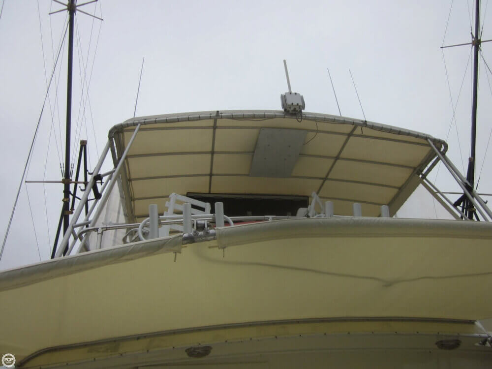1982 Hatteras 55 Convertible - Photo #34