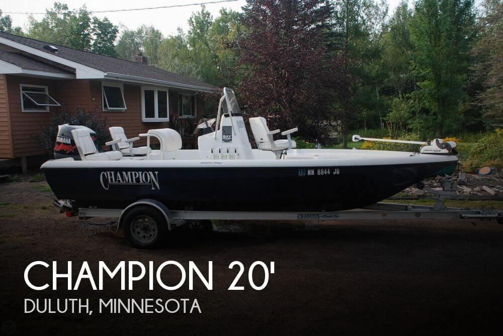 2001 CHAMPION 2000 BAY CHAMP for sale