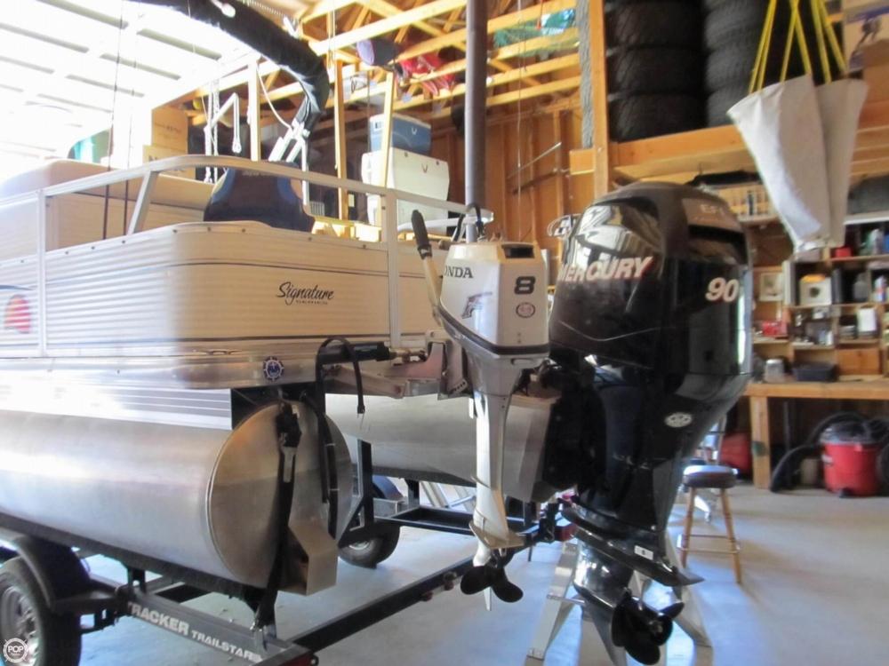 2009 Sun Tracker 21 Fishin Barge - Photo #13