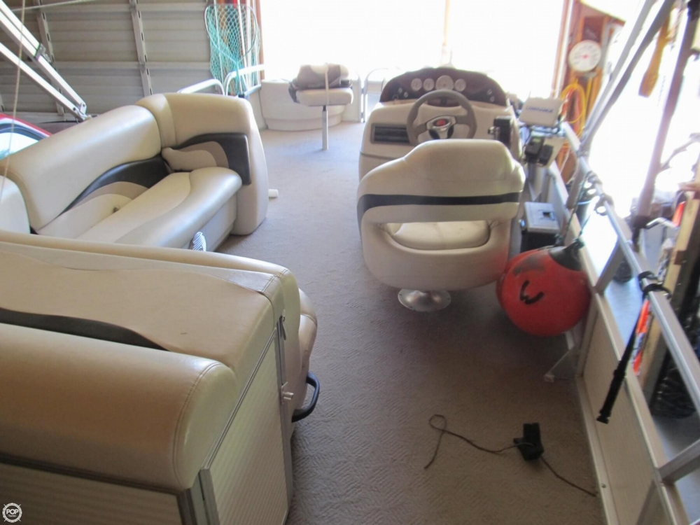 2009 Sun Tracker 21 Fishin Barge - Photo #14