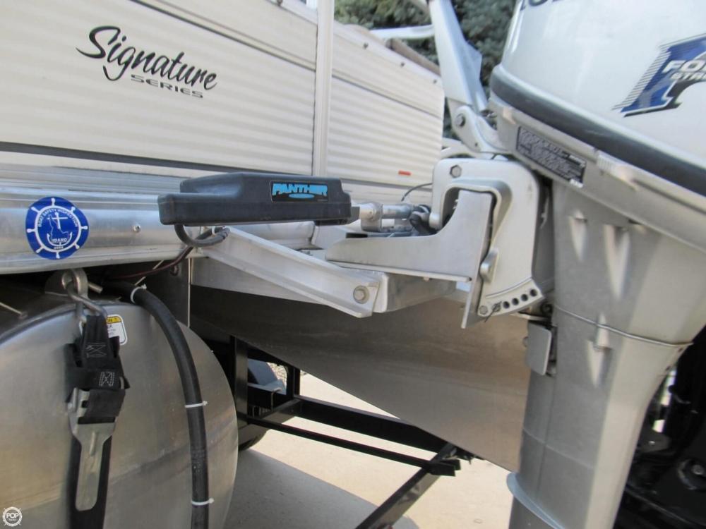 2009 Sun Tracker 21 Fishin Barge - Photo #28