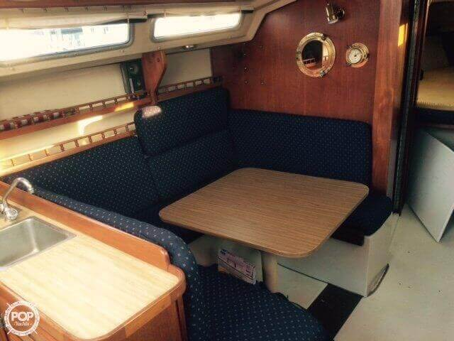 1983 Catalina 30 - Photo #7
