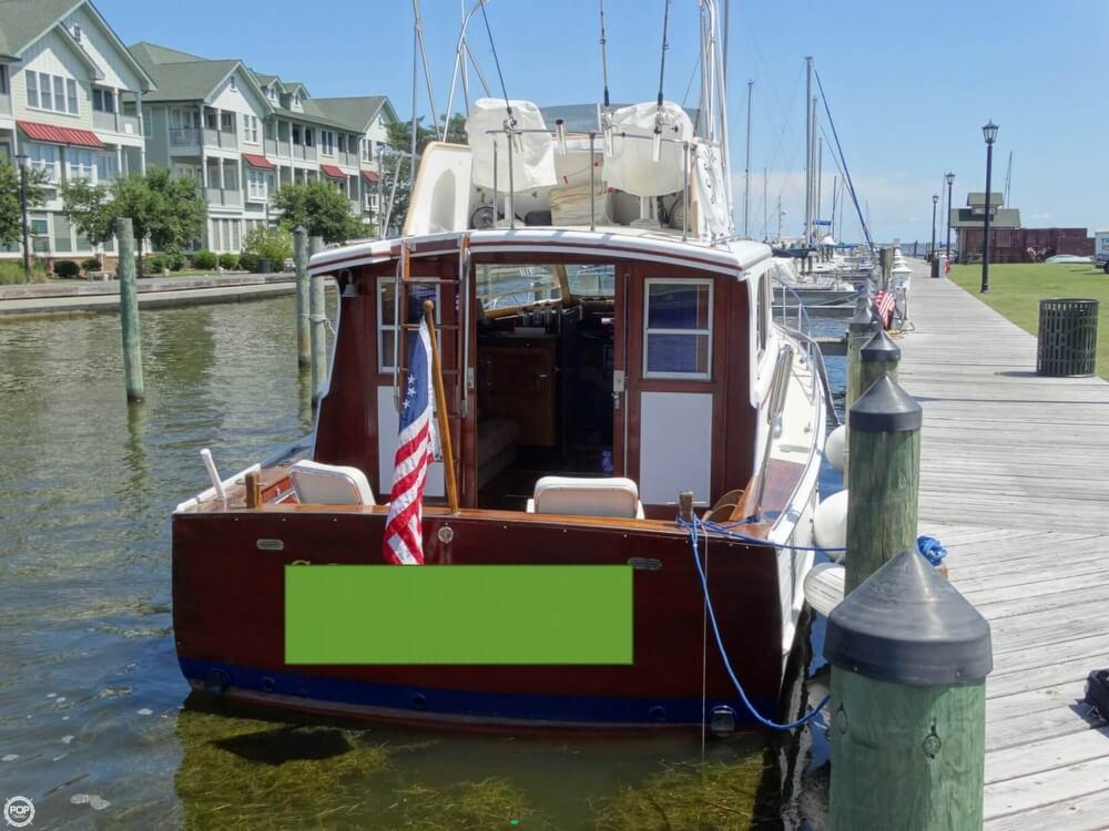1967 Egg Harbor 37 Vintage Motor Yacht - Photo #3