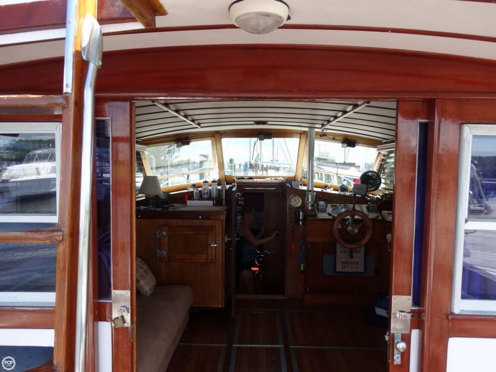 1967 Egg Harbor 37 Vintage Motor Yacht - Photo #8