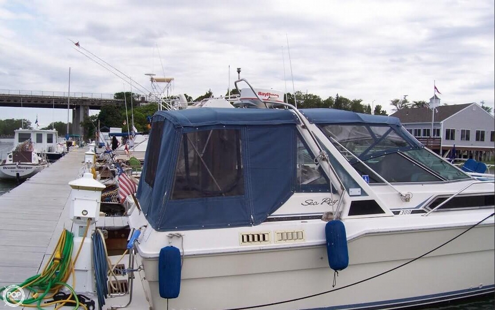 1987 Sea Ray 300 Weekender - Photo #3