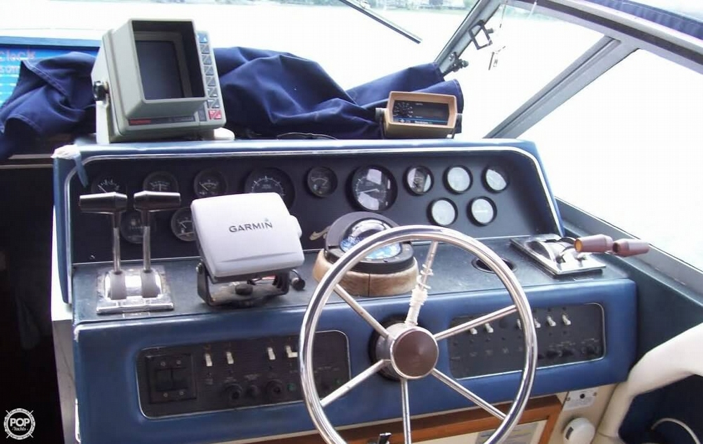 1987 Sea Ray 300 Weekender - Photo #10